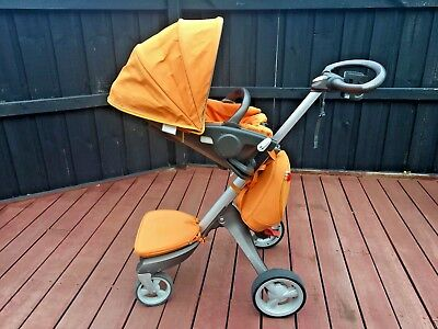 Stokke Xplory Pram with accessories –  stroller forward and rear facing