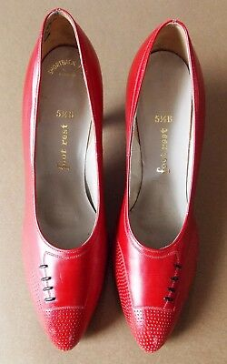 Immaculate Vintage Size 5.5B  Footrest Red Leather Women's Shoes