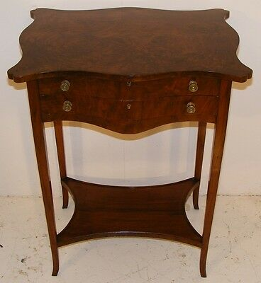 Good Quality Antique 19Th Century Walnut Work Table With Lift Up Top