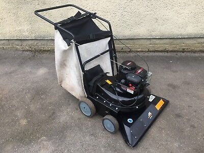 McCulloch M4076 Petrol Leaf Vacuum / Collector / Blower ( Billy Goat )
