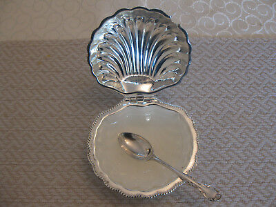 Vintage Hinged Silver Plated Scallop Shell Butter Dish With Liner Glass & Spoon