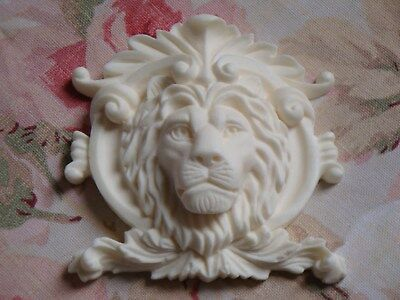 New! Classy French Lion and Sheild Furniture Applique Architectural Onlay