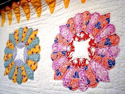 Vintage 30's 40's Dresden Plate Quilt hand quilted pastel floral