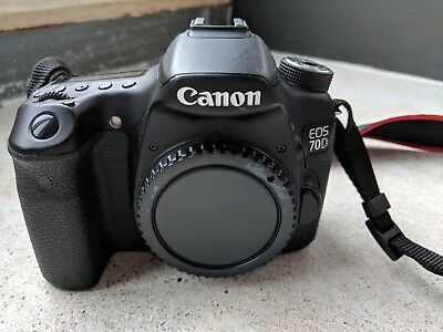 Canon EOS 70D 20.2MP Digital SLR Camera Body Only (READ)
