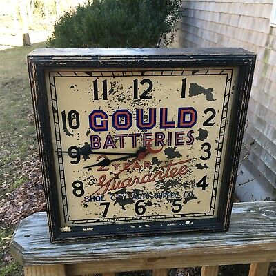 Vintage Gould Batteries Framed Advertising Wall Clock Crystal Mfg Co Made In USA