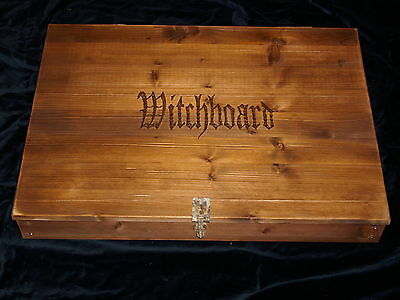 WITCHBOARD IN EDLER HOLZSCHATULLE (Hexenbrett)