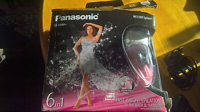 Panasonic ES-ED90 Epilator Wet/Dry for Women with 6 Attachments and Travel Pouch