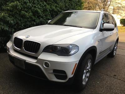 2011 BMW X5 35i Premium 2011 BMW X5 35i Premium, Warranty included! Comfort Seats, Pano, NAV, HiFi