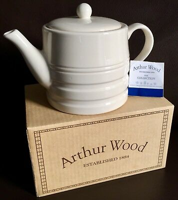 """Brand New Boxed English Arthur Wood """"Country Charm"""" 6 Cup Earthenware Teapot"""