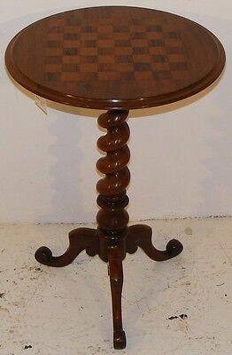 Good Quality Antique 19Th Century Mahogany & Inlaid Chess Table