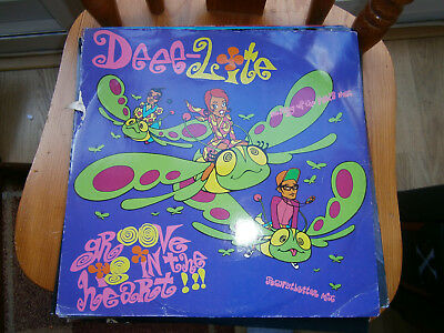 """Deee-lite  Groove Is In The Heart / What Is Love? 12"""" single -8"""