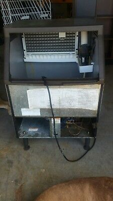 Manitowoc Qd0212A Commercial Ice Machine Maker For Parts. Make Offer!