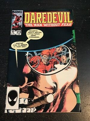 Daredevil#219 Incredible Condition 9.0(1985) Frank Miller Cover!!