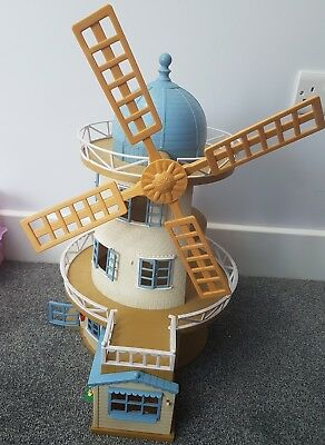Sylvanian Families Field View Mill Windmill With Figures & Accessories