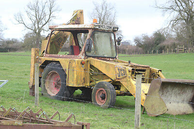 JCB - for spares or repair (starts and drives)
