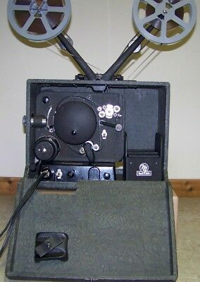 MOVIE MITE 16mm FILM PROJECTOR SOUND OR SILENT SUITCASE MODEL NICE!