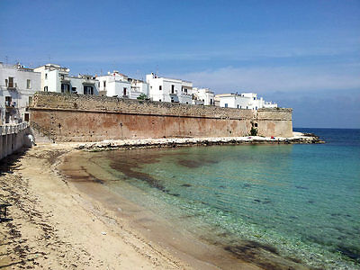 AUGUST APULIA ITALY Holiday RENT apartment Monopoli 300m from the sea 2-9 guests