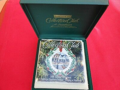 LONGABERGER 1998 COLLECTOR'S CLUB 3rd IN SERIES CHRISTMAS ORNAMENT SHOPPING-MIB