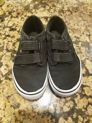 28c7dd80bd VANS Off The Wall Black Canvas Skate Skateboarding Boys Shoes youth size 12