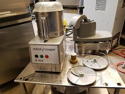 Robot Coupe R302 Food Processor With 2 Attachments. Essential For Every Kitchen