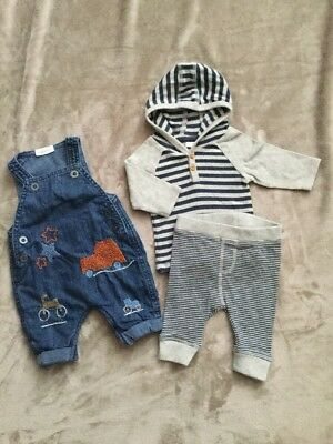 Next Baby Boys Upto 1 Month / Newborn Outfit,dungarees, Combined Postage