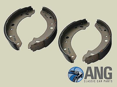 TRIUMPH TR7, 2000, 2500, 2.5PI Mk2 REAR BRAKE SHOE SET (GBS813AF)