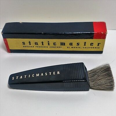 Vintage StaticMaster 1S50 Anti Static Dust Brush for Flim Negatives and Glass