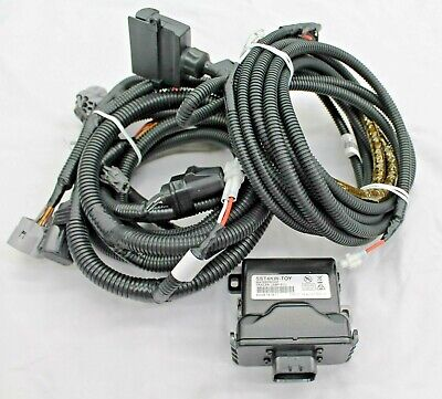 toyota hilux towbar wiring harness 7 flat 2wd 2015> new genuine toyota hilux towbar wiring harness 7 flat 2wd 2015> new genuine exp post