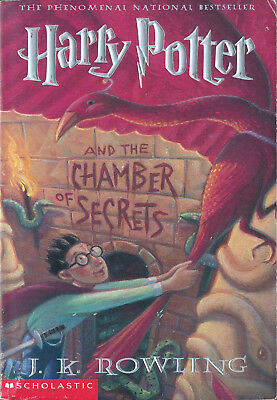 [Harry Potter #2] Harry Potter and the Chamber of Secrets by J. K. Rowling (pb)