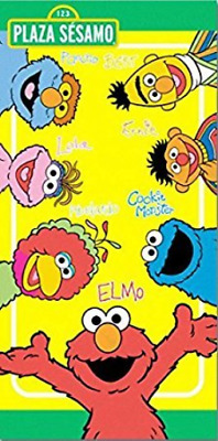Sesame Street Plaza Sesamo Elmo, Ernie, Bert, Cookie Monster and Friends Fiber