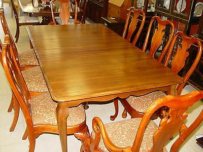 Cherry Dining Table W/ Queen Anne Style 8 Chairs, 4 Leaves & Pads