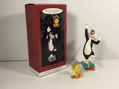 Hallmark Ornament 1995 Sylvester and Tweety Looney Tunes Ornaments