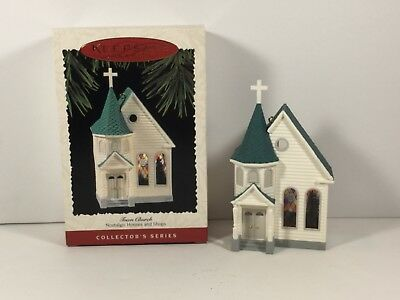 Hallmark Ornament 1995 Town Church 4th in Nostalgic Houses and Shops Series