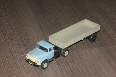 1:43 ZiL 130 made in Ukraina ussr 1985 diecast openable