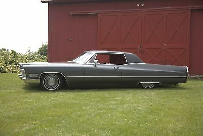 1968 Cadillac Coupe Deville Air ride