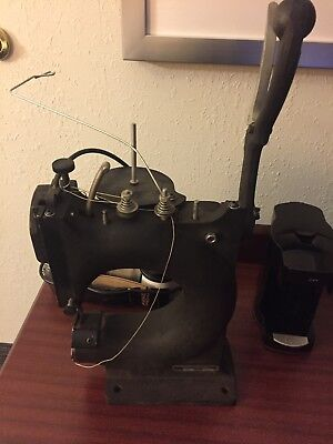 TANDY Leather Tippmann Boss Leather Sewing Machine 4040 Fascinating Tippmann Boss Sewing Machine
