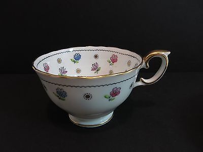 Vintage Crown Staffordshire England TEA CUP Gold Sun & Flowers A 16100 Scalloped