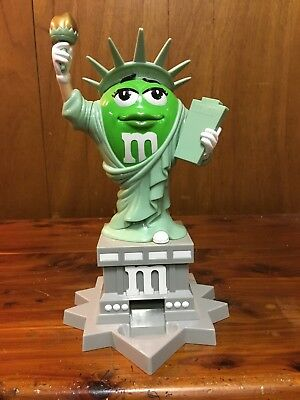 """M&M Green Ms Statue Of Liberty Lady 11"""" Plastic Candy Dispenser"""