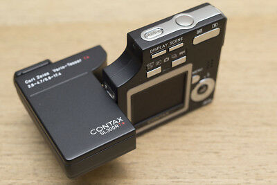 Contax SL300R w/ Zeiss VarioTessar Digiral Camera- Mint Condition.