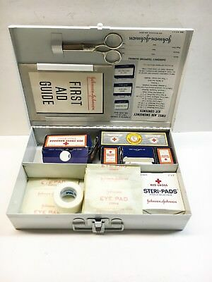 Vintage Johnson & Johnson FIRST AID KIT - Metal Box - Some contents - Nice