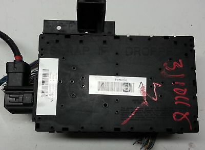 07-08 Ford Expedition Navigator 7L1T-15604-AK  Fuse Junction Box Relay