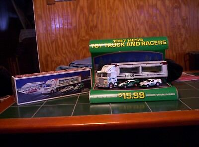 Hess 1997 Store Truck Display With Truck
