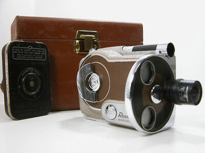 Revere 16mm MAGAZINE MOVIE CAMERA With Case and Film Magazine Working