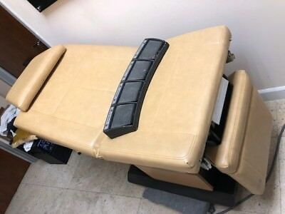 Midmark 111 Trend IV Table Power Surgical Procedure Exam Chair/ Surgical table