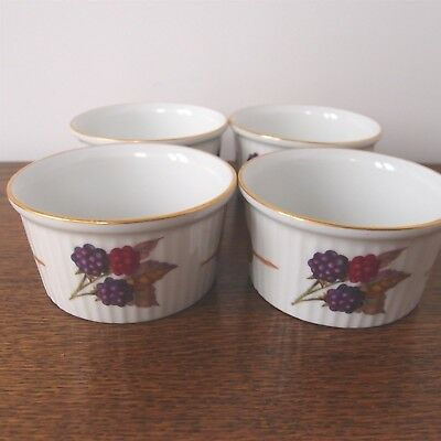 Royal Worcester Evesham Oven to Table Ware 4 Inidual Ramekin Dishes -8cm wide & ROYAL WORCESTER. Evesham. Oven To Tableware - £5.00 | PicClick UK