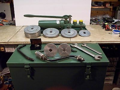 Ashcroft 1305B Dead Weight Tester Dual Piston w/ Weight Set TESTED 1000 psi.