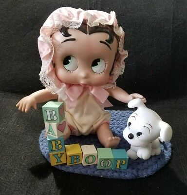 Baby Betty Boop Doll with Pudgy, rug and blocks ☆ excellent condition ☆