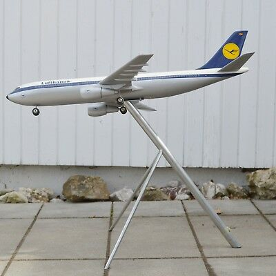 Lufthansa Airbus A300 Space Models UK Airbus Travel Agent 1/50 Scale Model