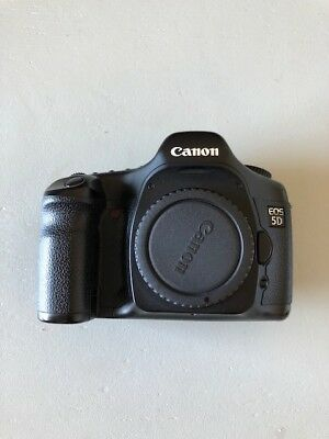 "Canon 5D Mark I/""Classic"" with accessories"
