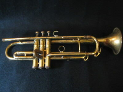 Vintage C.G. Conn Trumpet Elkhart Indiana 1947 serial 367394 Missing Mouthpiece